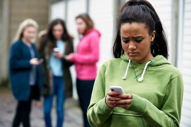 Blocking Your Cyberbully   5 Ways to Stop Cyberbullying